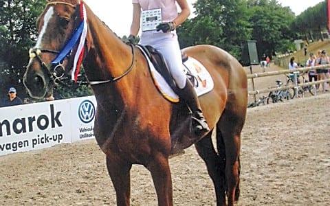 29-07-15-Léa-Koffel-a-fait-honneur-à-son-club-lors-des-championnats-de--France-d'Equitation