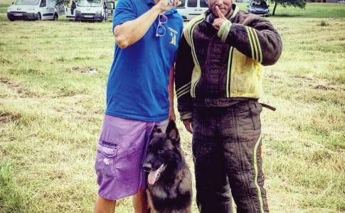 21-10-15-Rémy-Gester-avec-son-chien-Hache-et-l'homme-d'attaque