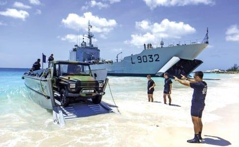 23-10-15-Débarquement-P4-à-Aruba