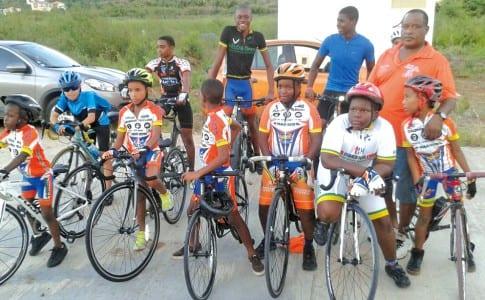 23-11-15-Les-jeunes-cyclistes-du-VCG-sont-attendus-ce-mercredi-à-Grand-Case