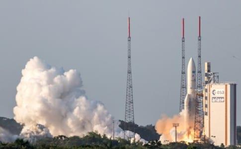 Ariane-5-va-lancer-deux-satellites-de-telecommunications