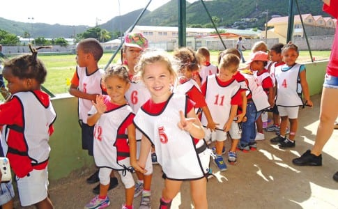 07-12-15-Les-filles-de-la-Moyenne-Section-de-Evelina-Halley--Concordia-ont-gagné-leur-course