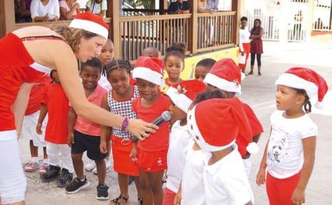 18-12-15-Noel-enfants-Evelina-2