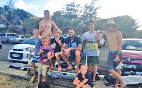 03-02-16-Le-groupe-de-jeunes-surfeurs