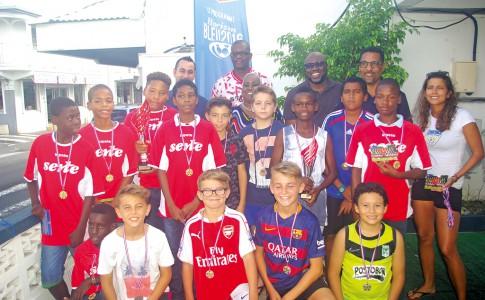 24-06-16-La-grande-famille-du-football-réunie-!