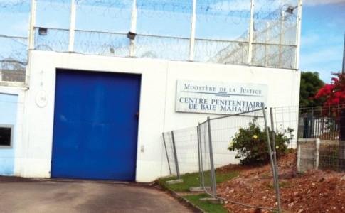18-07-16-Le-centre-pénitentiaire-de-Baie-Mahault