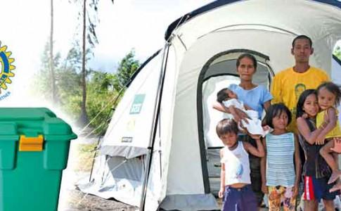 06-10-16-tente-shelterbox-et-logo-du-rotary