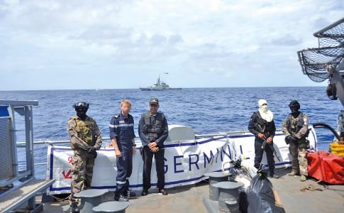 07-10-16-transfert-avec-le-patrouilleur-venezuelien