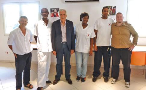 Equipe de la croix-rouge avec le président national    Jean-Jacques Eledjam