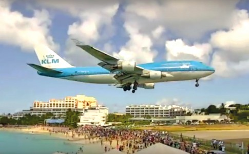 03-11-16-boeing-747-klm-1