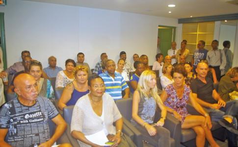 14-11-16-les-commercants-attendent-beaucoup-de-la-commission-dindemnisation
