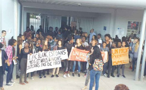 19-01-17-manif-eleves-cite-scolaire-1