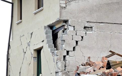 20-01-17-seisme_effondrement