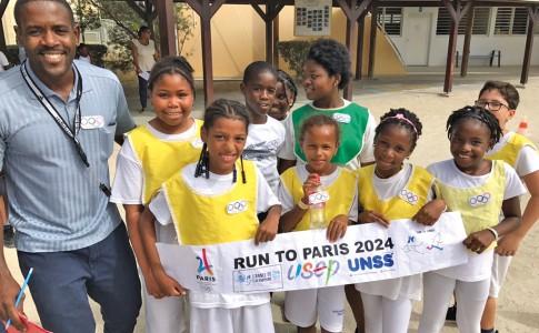 31-01-17-Jérôme-Carlet-et-les-enfants-organisateurs