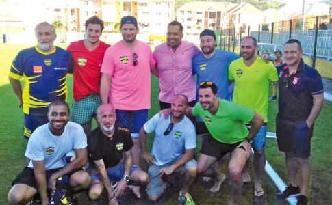 06-02-17-Les-joueurs-du-stade-Français-avec-les-dirigeants-du-Saint-Martin-Rugby-Union