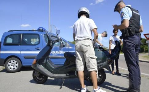 13-02-17-scooter-controle-gendarme
