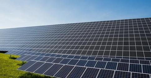 centrale-au-sol-photovoltaique1-500x250