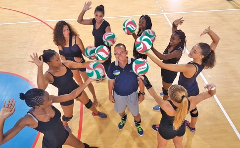09-06-17-volley-ball-1