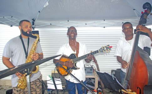 23-06-17-Ambiance-Jazz-chez-Normédia---Canon,-avec-le-groupe,-SL-Project-qui-mérite-d'être-connu-!