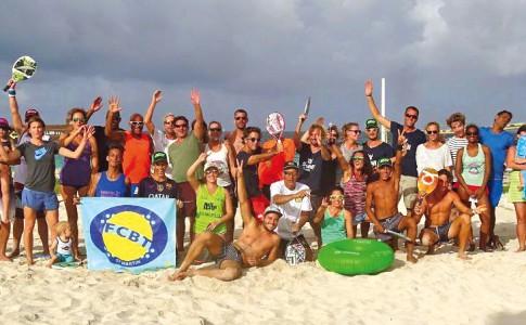 07-07-17-Le-Beach-Tennis-à-l'honneur-le-week-end-dernier,-à-l'occasion-du-1er-Tournoi-FFT-Hors-Catégorie-organisé-par-le-FCBT-!