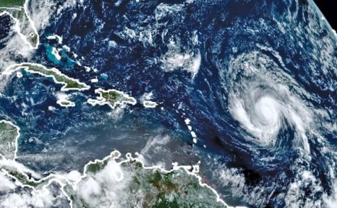 22-09-17-L'activité-cyclonique-bat-son-plein-sur-les-Antilles-!