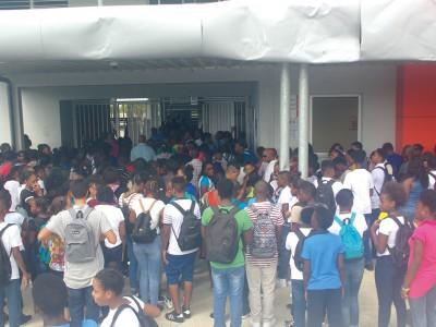 24-10-17-Les-vacances-de-la-Toussaint,-c'est-à-partir-de-mercredi-pour-les-élèves-de-Saint-Martin-!
