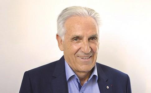 13-11-17-Jean-Jacques-Eledjam,-président-de-la-Croix-Rouge-Française,-est-attendu-aujourd'hui-à-Saint-Martin