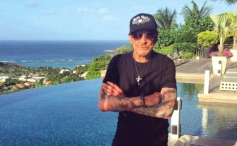 07-12-17-Au-mois-d'août,-Johnny-Hallyday-aimait-se-ressourcer-dans-son-havre-de-paix