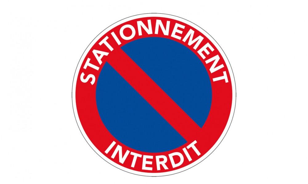 Interdit de stationner cool with interdit de stationner for Panneau stationnement interdit devant garage