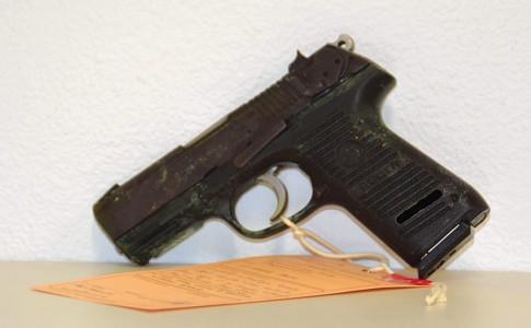 08-02-18-Une-arme-de-poing-approvisionnée-a-également-été-retrouvée
